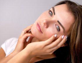 Nieudany makijaż permanentny? Z pomocą przychodzi laseroterapia!